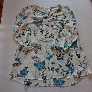 Van Heusen's flowered blouse